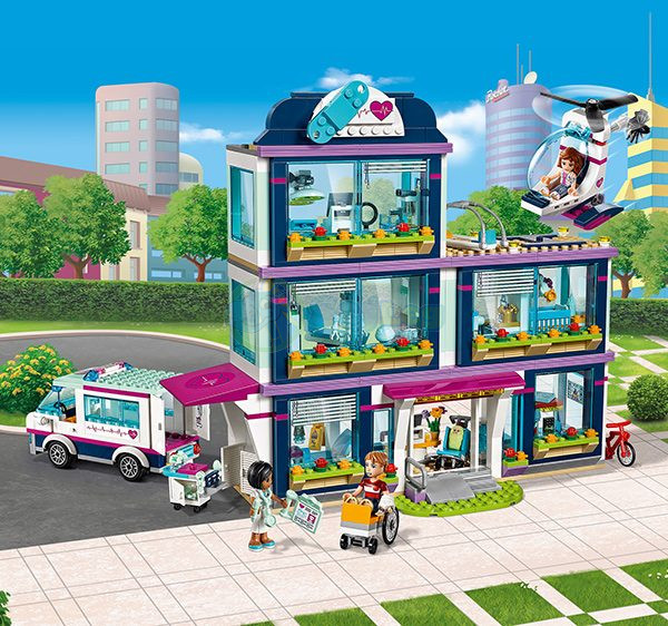 LEGO Friends Heartlake Hospital - 41318